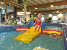 Waterpret in het zwemparadijs De Waterperels in Lier
