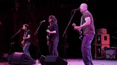 """Bob Mould and Dave Grohl - """"Ice Cold Ice"""" live from the Walt Disney Conc..."""