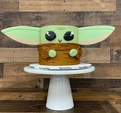 Star Wars Birthday Cake, Star Wars Cake, Star Wars Party, Boy Birthday, Birthday Ideas, Yoda Cake, Star Wars Food, Cake Wrecks, Gateaux Cake