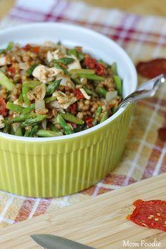 chicken, asparagus, sun dried tomato & wheat berries recipe (Light & Healthy Recipe)