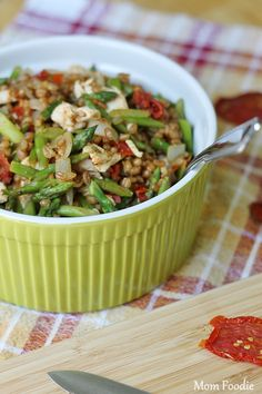 chicken, asparagus, sun dried tomato & wheat berries recipe (Light & Healthy Recipe)