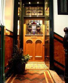 Edwardian Glasgow tenement hallway with tiles and Art Nouveau stained glass Glasgow Architecture, Interior Architecture, Flat Interior, Interior Exterior, Flat Ideas, Décor Ideas, Vegas, Modern Home Furniture, Glass Wall Art