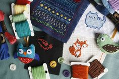Many patterns from indie craft designers include a copyright notice for personal use only or other restrictive clauses. But is this restrictive language valid, and can it be enforced against the purchaser? Easy Arts And Crafts, Crafts For Boys, Crafts To Sell, Selling Crafts, Homo Faber, Hobby Kits, Craft Online, Cross Stitch Borders, Diy Pillows