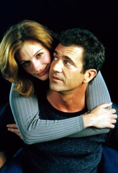 Mel Gibson and Julia Roberts