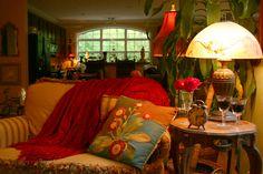 Designer elements - refreshing style - Butterfly Creek Inn - www.butterflycreekinntryon.com