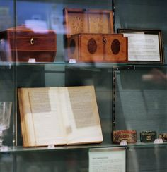 A display case in the little museum in Twinings' tea shop, at 216 Strand Hidden London, Display Case, Coffee Shop, Museum, Tea, Glass Display Case, Coffee Shops, Display Window, Coffeehouse