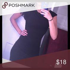Short sleeve black body-con mini dress Short sleeve black body-con mini dress Dresses Mini