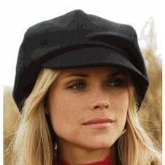 Newsboy Cap for Women. Neat look!