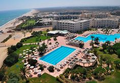 Located on the beach and surrounded by a pleasant atmosphere, the Hotel Riu Marillia (All Inclusive) is ideal for enjoying a quiet stay in the natural beauty of the surroundings and the beaches of Hammamet, Tunisia. Hotel Riu Marillia – Hammamet - RIU Hotels & Resorts