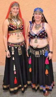 Lagertha und Belana, das war 2008 als wir noch Bauchtanz machten
