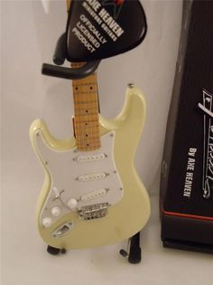 Miniature Licensed Fender Stratocaster Strat Reverse Cream Left Handed Mini #AxeHeaven