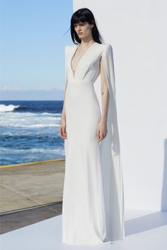 Clemence by Alex Perry Resort 2019 / Nautical White Maxi Dresses, Prom Party Dresses, Sexy Dresses, Beautiful Dresses, Alex Perry, Couture Fashion, Fashion Show, Fashion Today, Ball Gowns