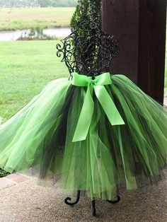 A Positively Beautiful Blog ❥ Love that green!