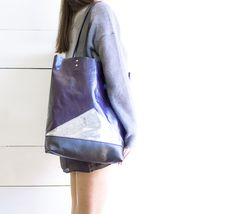 Great gift for girlfriend. Modern Purple Leather/Shopper Metallic Laptop Tote. Great to use as a everyday bag – a unique product by gmaloudesigns via en.DaWanda.com
