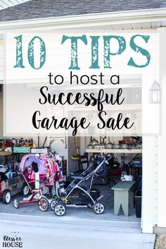 10 tips to prepare for hosting a successful, money-making garage sale: how to advertise, how to price, and how to invite customers and make a profit. Garage Sale Signs, Garage Sale Pricing, Garage Shop, Garage Sale Organization, Workshop Organization, Organizing, Garage Sale Advertising, Neighborhood Garage Sale, Best Way To Advertise