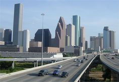 Downtown Houston, Texas and home of Houston's Bar and Grill,where they make the best baked potato soup! Houston Skyline, Houston City, Space City, Living In Alaska, San Francisco Skyline, Places To See, Around The Worlds, Vacation, Cities