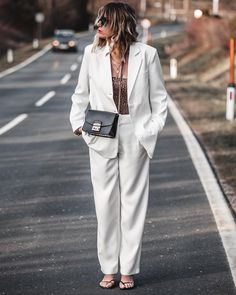 Spring is here for good and I couldn't be happier that finally, this season of the year has come where we can wear a good white suit. Women's suit is. Black Bandeau, Blazer With Jeans, Shades Of Beige, White Suits, Satin Shirt, Affordable Fashion, Street Style Women, Suits For Women, Womens Fashion
