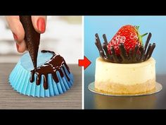 Delicious Chocolate Cake Hacks Ideas / How To Make Chocolate Cake Decorating Recipes Delicious Chocolate Cake Hacks Ideas / How To Make Chocolate Cake Decora… Chocolate Garnishes, Chocolate Bowls, Tasty Chocolate Cake, Chocolate Sweets, How To Make Chocolate, Food Garnishes, Chocolate Chocolate, Cake Decorating Videos, Cake Decorating Techniques