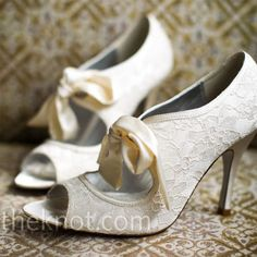 Vintage Wedding Shoes | All About Dresses
