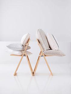 Photo Anna Huovinen, styling Anna-Kaisa Melvas/Glorian koti Anna, Chair, Furniture, Home Decor, Style, Swag, Decoration Home, Room Decor, Home Furnishings