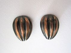 Vintage retro Mad Men incised copper clip on earrings
