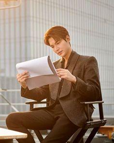 Lee Min Ho Wallpaper Iphone, Lee Min Ho Kdrama, Lee Min Ho Photos, Handsome Korean Actors, Kim Ji Won, New Actors, Lee Seung Gi, Kdrama Actors, Boys Over Flowers
