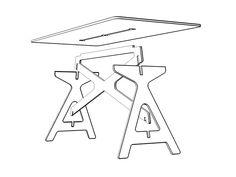 Escritorio RTA para proyecto Número.Cuatro piezas componentes permiten en tres ensambles armar un escritorio o mesa de trabajo perfecta, liviana y desarmable.Fabricado en madera terciada con procesos CNC.
