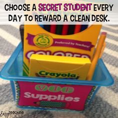 Are messy desks driving you crazy in your classroom? I've got 3 messy desk solutions you can use tomorrow! Clean Classroom, Classroom Desk, Classroom Hacks, 4th Grade Classroom, Classroom Organization, Classroom Economy, Classroom Behavior, Autism Classroom, Classroom Environment