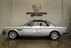 Check out this 1973 BMW CS for Sale by San Francisco Sports Cars because this BMW Hotrod has only original miles from new Bmw 635 Csi, Bmw 507, Bmw Vintage, Vintage Ladies, Bmw Design, Custom Bmw, Bmw Classic Cars, Pretty Cars, Old School Cars