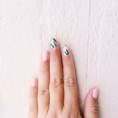 banana leaf inspired nails by @nailyeah