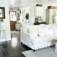 Slipcover Farmhouse   at home on SweetCreek