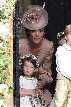 PRINCESS Charlotte and Prince George threatened to steal the show at aunt Pippa Middleton's wedding to James Matthews today. The royal tots both had integral roles in the bridal party with Charlott… Kate Middleton, Pippa Middleton Wedding, Middleton Family, Pippas Wedding, Wedding Hats, Sister Wedding, Wedding 2017, James Matthews, Princesa Kate