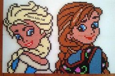 Elsa and Anna - Frozen hama perler beads by Deco.Kdo.Nat - Pattern: http://www.pinterest.com/pin/374291419003310348/