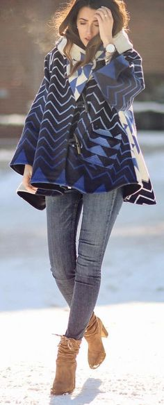 #winter #fashion / Printed Navy Coat / Grey Skinny Jeans / Brown Booties
