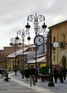 Plaza de la Catedral, León, España