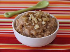 Oatmeal in the Crock Pot from Weelicious (http://punchfork.com/recipe/Oatmeal-in-the-Crock-Pot-Weelicious)