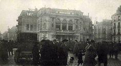 1912-décembre le 19-incendie du théatre de la Renaissance -la foule devant les ruines