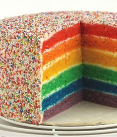 Regenbogen-Torte für Geburstagskinder