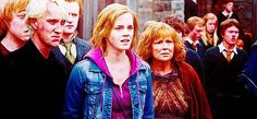 on hiatus bc school Dramione, Harry Potter, Ships, Fandoms, School, Painting, Boats, Painting Art, Paintings