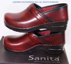 Cabrio Burgandy Sanita CLOGS--these are the MOST COMFORTABLE SHOES IN THE WORLD!!! Fellow flat-footers out there--you will love these clogs!