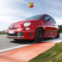 Moc bez kompromisów. Abarth 595 Competizione z silnikiem o mocy 180 KM.   http://www.abarth.pl/Site/pl/Abarth595Competizione