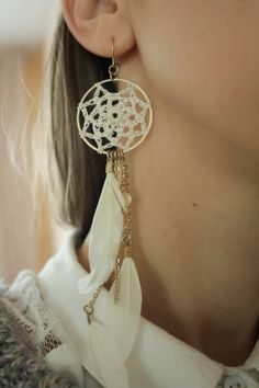 Dreamcatcher-earring    http://cupcakethief-lavidaloca.blogspot.com/