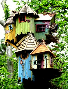 travel idea adventure cluster of tree forts -- Food for the imagination Bewilderwood is a wild imaginative adventure park with magical tree houses in Norfolk Beautiful Tree Houses, Cool Tree Houses, Fairy Houses, Play Houses, Tree House Interior, Fairytale House, Magical Tree, Tree House Designs, In The Tree