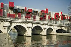 Pont9 proposes a parasitic takeover of a Paris bridge to make use of underutilized space
