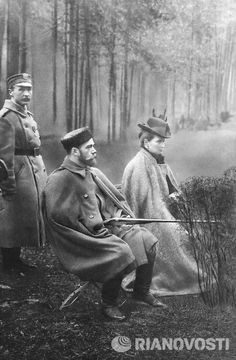 Nikolay II and his wife Alexandra on the hunting in Spala, Finland, 1912