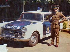 Austin Westminster patrol car before sanctions! Old Police Cars, Army Police, Emergency Vehicles, Police Vehicles, African Image, South African Air Force, Land Rover Defender, Historical Photos, Black History