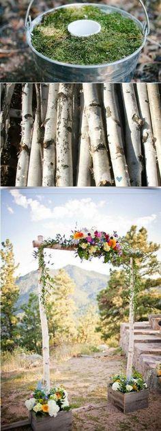 Arco de flores para boda de tres piezas con cajas via Etsy. Diseña tu propio arco de flores para boda con estos paso a paso. Escoge entre estos arcos de flores con bambú, ramas, alambre o madera originales y sencillos de hacer.