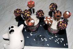 G is for Gingers: Halloween Cake Pops Halloween Cake Pops, Baking, Desserts, Food, Deserts, Bakken, Dessert, Bread, Meals