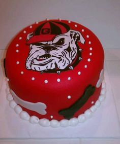 Want this so bad Georgia Bulldogs Cake, Georgia Bulldogs Football, Bulldog Cake, Georgia Girls, Game Day Food, Party Cakes, Let Them Eat Cake, Cake Designs, Cupcake Cakes