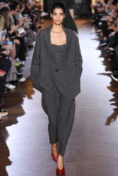 Stella McCartney Fall 2015 Ready-to-Wear Fashion Show - Bhumika Arora (Elite)